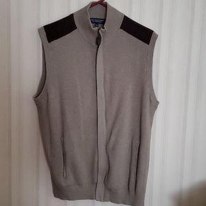 Roundtree & York sweater vest